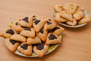 A plate of hamantaschen for Purim